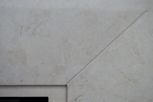 Wimpel Ruby Nero 5820BMM frittstående polert offwhite