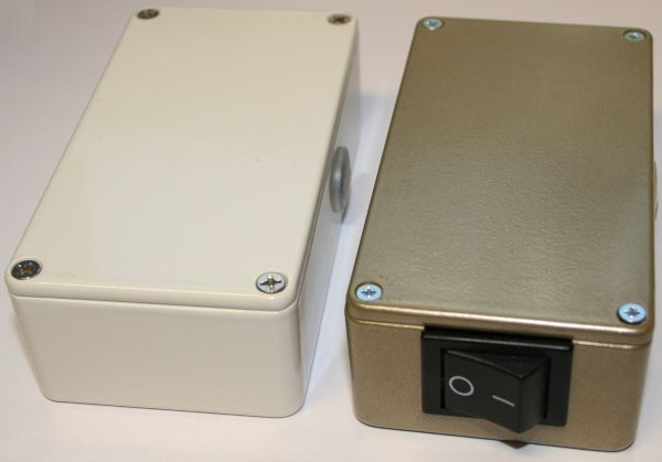 FX125k og FX175k tilbehør: Koblingsboks med av/på bryter hvit